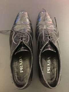 PRADA 男庄鱷魚皮鞋