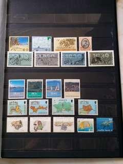 全新外國郵票 (背面有黃)