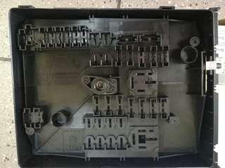 VOLKSWAGEN GOLF MK6/JETTA/SCIROCCO 1.4CC-FUSES BOX ORIGINAL