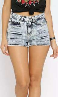 ONLY denim high waisted shorts💕🆕