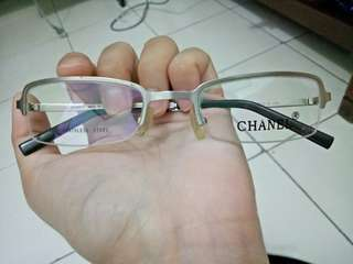 Frame optical chanel