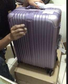 🚚 賣到缺貨紫色24吋行李箱(最後一波)