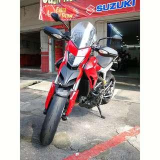 Ducati hyperstrada 821 ( cbu )