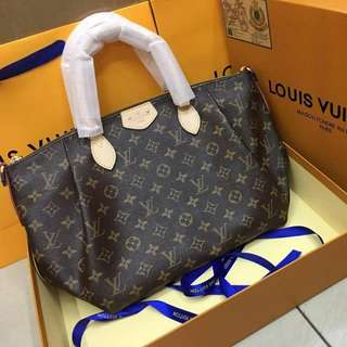 Louis Vuitton Turenne Handbag