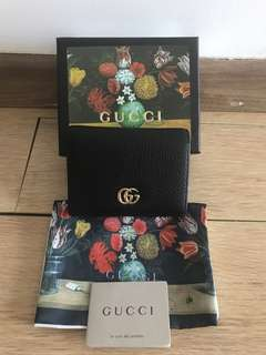 💯 authentic Gucci gg plain short wallet For Let Go!!