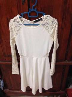 #ramadan50 Voir White Lace Dress