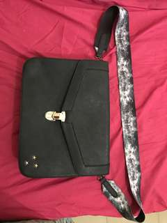 BN Typo Messenger Bag