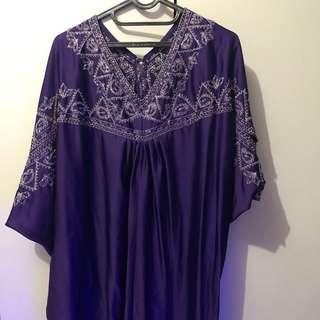Kaftan ungu