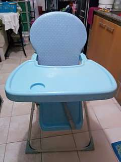 High chair foldable
