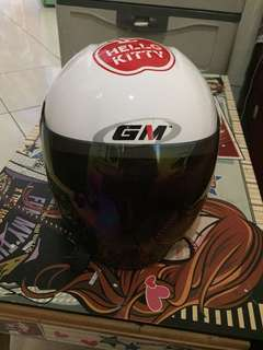Helm anak merek GM gambar hello kitty SNI