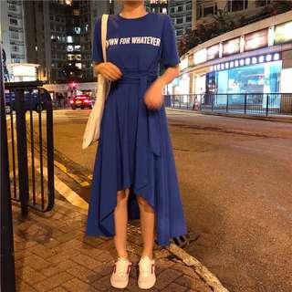 Minimei追加款✪韓系韓版百搭休閒 不規則前短後長收腰字母印花T 連身裙