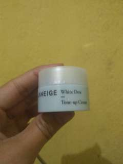 LANEIGE WHITE DEW