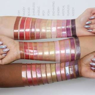 iNSTOCK Huda Beauty Lip Strobe Liquid Lipstick Gloss