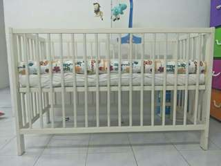 Baby Cot ,mattresses and mosquitoes net and stand