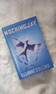 Novel Mockingjay by Suzanne Collins