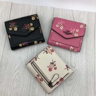 Coach Small Wallet with Floral Bow Print 💃