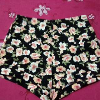 Forever21 floral short/stretchable