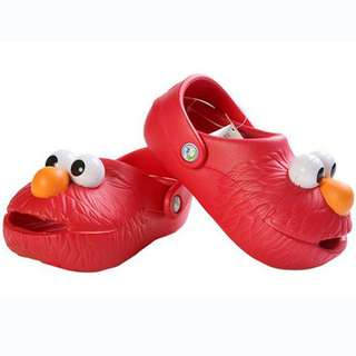 Sesame street summer shoe in red
