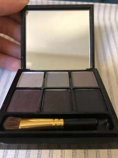 MAC Play It Cool Eyeshadow Palette 6