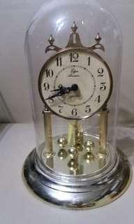 CLASSIC ANNIVERSARY CLOCK