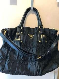 Prada Tessuto Gaufre nylon black bag 黑色尼龍皺摺手袋