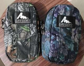 90%以上新 Gregory padded case M 藍花及樹紋腰包 舊logo 絕版 經典小袋及配件