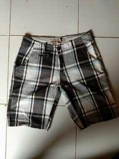 Celana pendek Santai Original