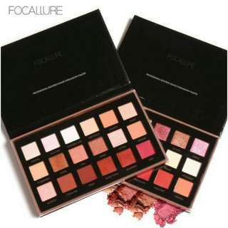 Eyeshadow pallete 18 color Focallure