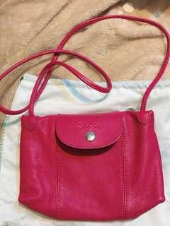 Longchamp 桃紅色小羊皮包包