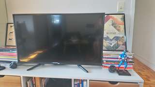 Very good condition 40 inches JVC tivi