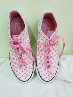 Converse Pink Stars Sneakers