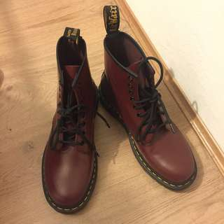 Dr. Martens 1460 8 Cherry Red Boots (NEGOTIABLE PRICE)