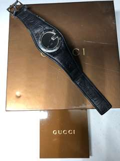 Authentic Gucci Watch with Leather Strap