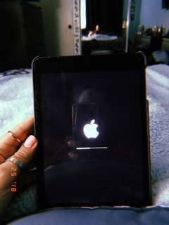 Black iPad Mini 1