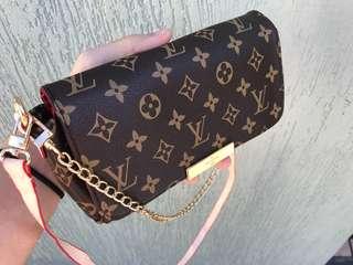 Women's side purse