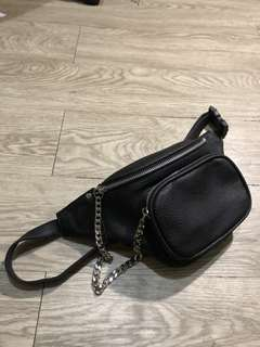 Pull and Bear Belt Bag