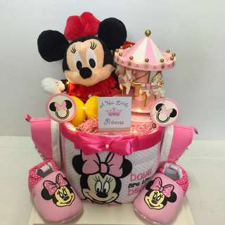 Ready stock: Authentic Minnie Mouse Diapers Cake
