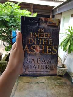 FREE ONGKIR An Ember in the Ashes