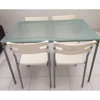 IKEA Dinning Table x 4 Chairs