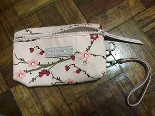 longchamp pouch/wristlet