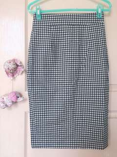 🚚 黑白格開衩窄裙