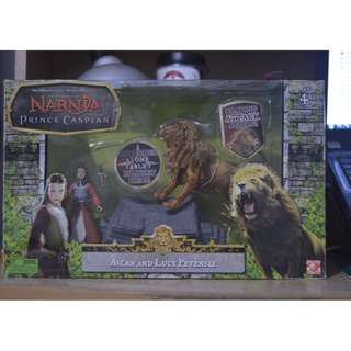 Narnia Action Figures Aslan and Lucy Pevensie