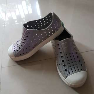 native 洞洞童鞋-11c