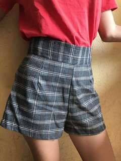 Flannel High-Waisted Shorts
