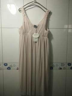 🚚 高單價 超美 日系專櫃品牌 0918 珍珠裝飾 無袖雪紡連身小禮服 婚禮必備 連身洋裝 女神款
