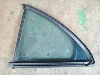 Mercedes W211 Triangle Door Glass (Used)