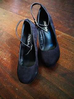Soda brand 4 inches black wedge heel shoes with suede fabric for women