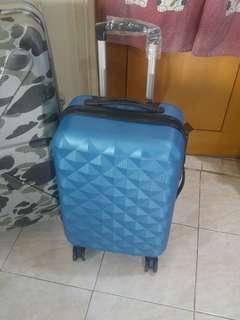 "Luggage 4 wheel rolling 20"""