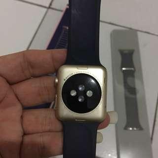 Dijual apple watch mulus normal semua harga murah,uk 42mm bisa tanya diWA089516448044Ane
