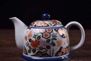 清秀作描金彩繪白瓷‧茶壺
